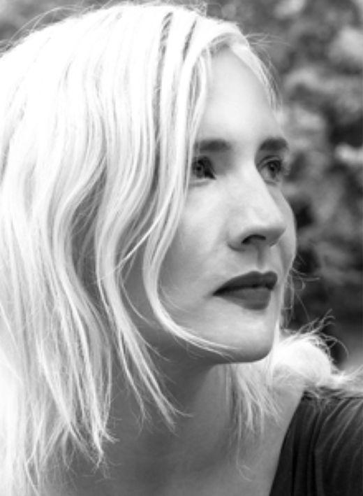 Autorenfoto zu Juliane Liebert